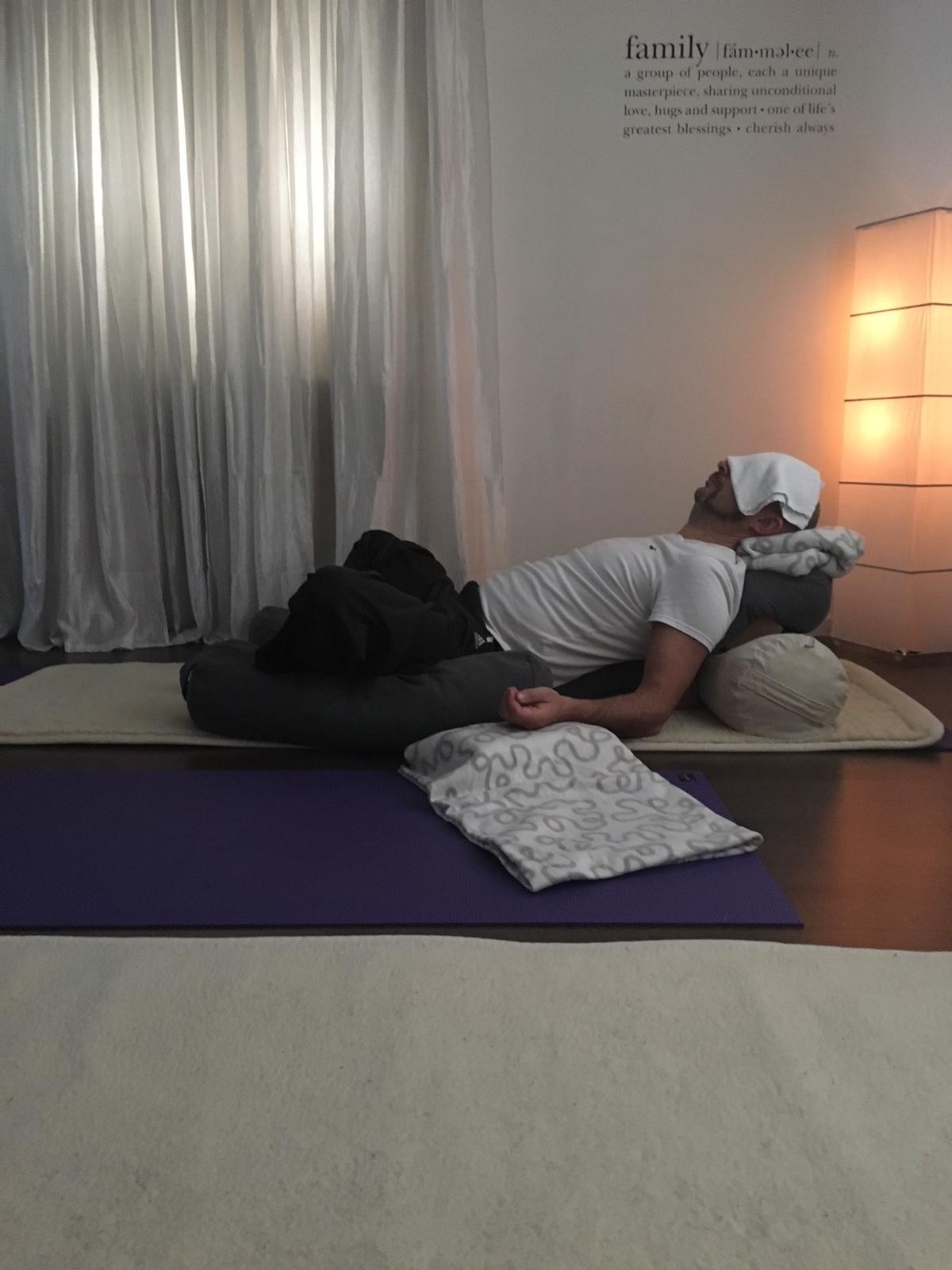 Restorative yoga Hindas